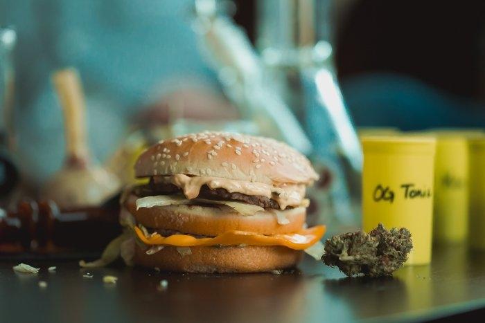 fastfood marijuana.jpg