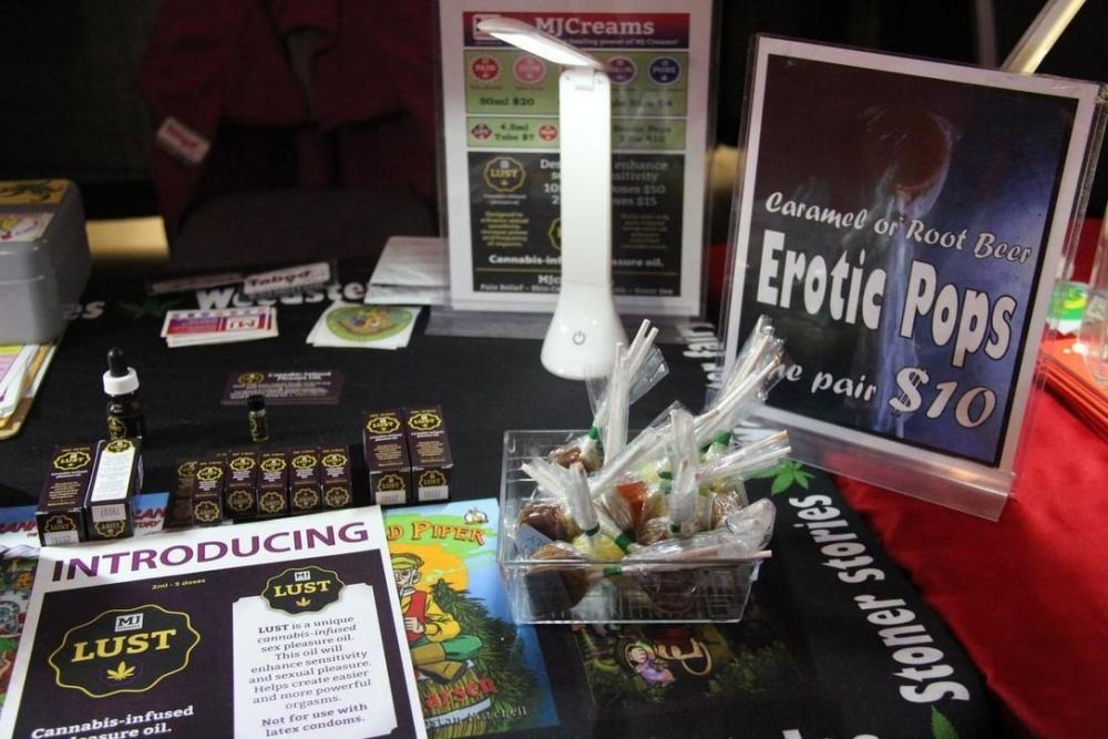 cannabis-exhibit-sex.jpg