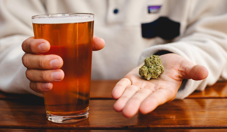 Алкоголь мешать с марихуаной краснодар дикорастущая конопля
