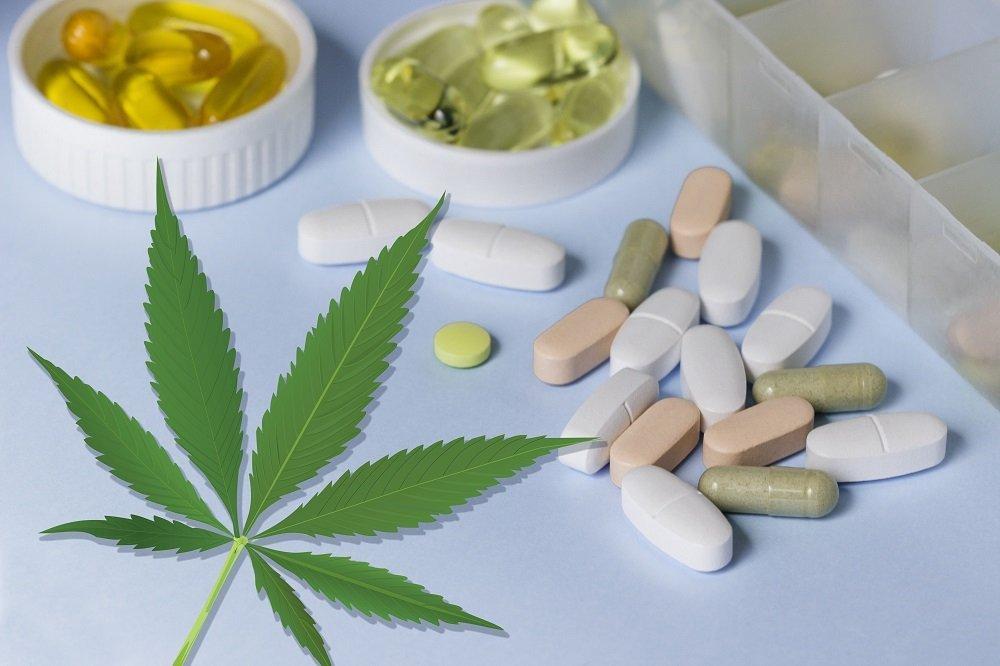 Можно курить марихуану при употребление антибиотиков одежда с рисунком конопли
