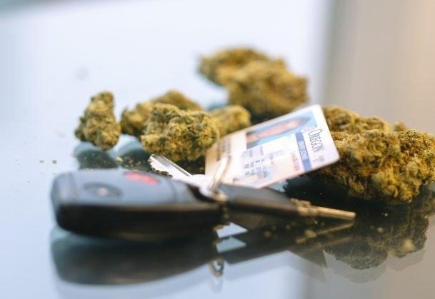 cannabis-driving-usa.jpg