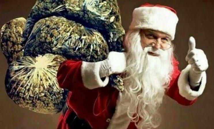 santa-claus-cannabis.jpg