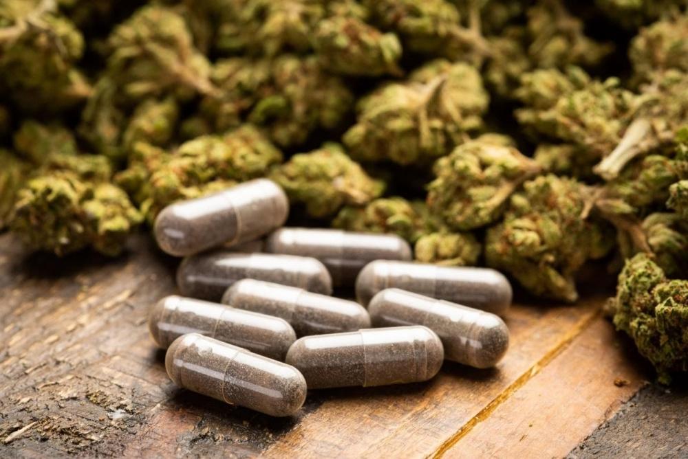 cannabis-capsules.jpg